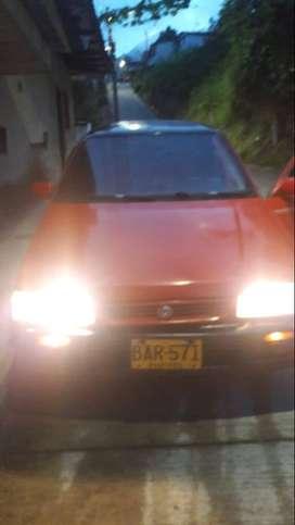 Mazda 323 Nx modelo 1990 cilindraje 1490 en muy buen estado.