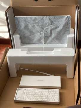 "iMac 2017 21"" 256gb ssd 8gb ram 2.3GHz i5 Openbox Teclado Mouse 2"