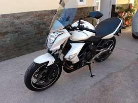 vendo o permuto kawasaki er6 modelo 2011 muy buen estado comprobable,recibo moto o auto de mi interes