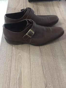 Zapatos Marca OTELO (Cuero)