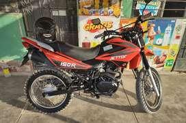 Se vende moto lineal conservada