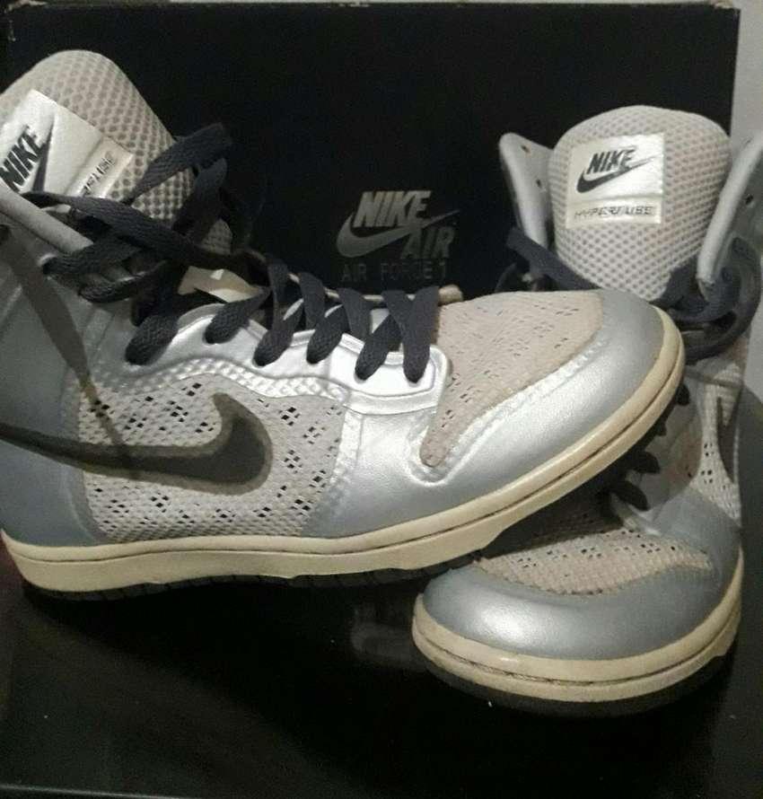 Zapatillas Nike a 500$Cambio O Vendo 0