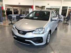 Toyota Etios X 5 puertas
