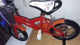 Bicicleta rodado 12  como nueva