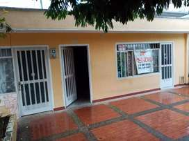Se vende casa en el barrio darzal