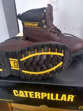 Remato zapato de seguridad nuevo , marca Caterpillar