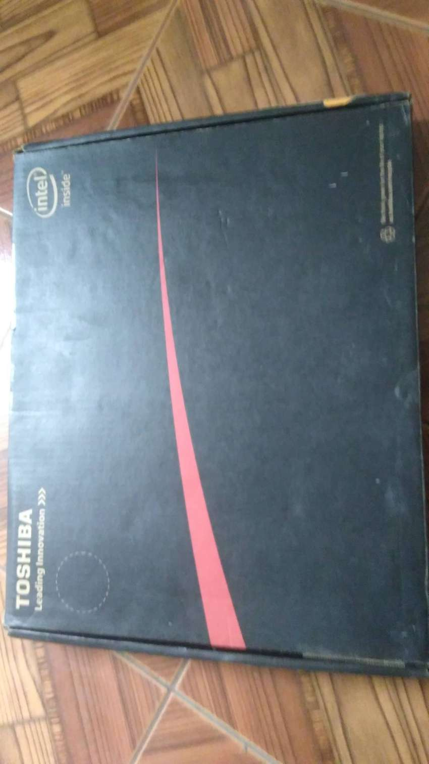 Vendo laptop Toshiba satellite Intel inside 0