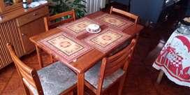 vendo comedor usado  en madera y bife