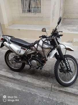 Venta de moto YAMAHA XTZ 125
