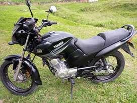 Moto YBR125 ESTA FUL DETODO