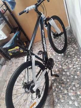 Bicicleta de ruta aluminio nuevo