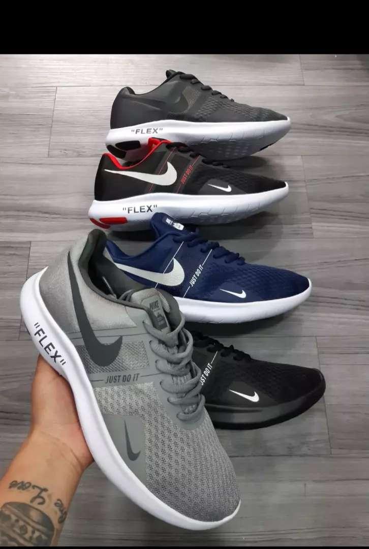 Tenis Nike flex caballero 0