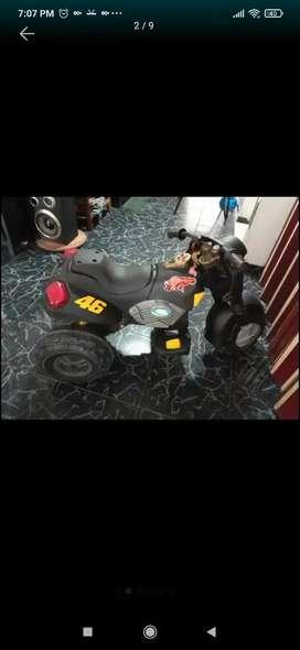 Moto electrica recargable con o sin batería en excelente estado