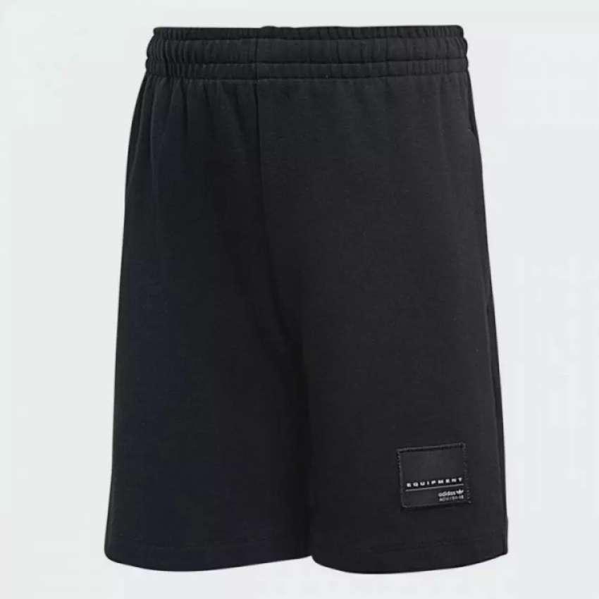 Pantaloneta Adidas de Niño Talla 5 Nueva 0