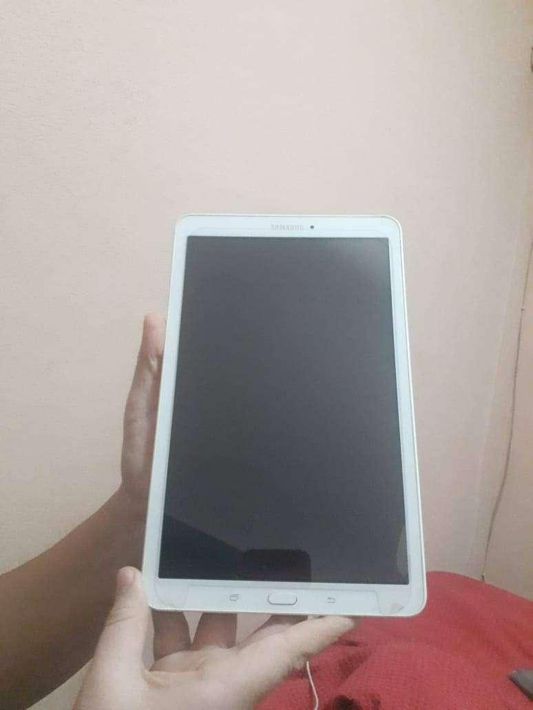 Vendo tablet sansung 0