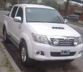 Vendo Toyota hilux 2012 4x2 3.0