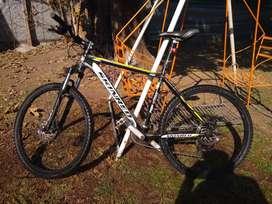 Bicicleta skinred mohave r26 talle L