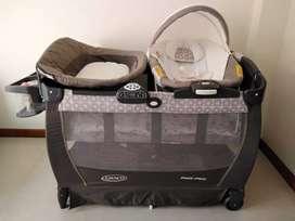 Cuna corral para bebé marca GRACO