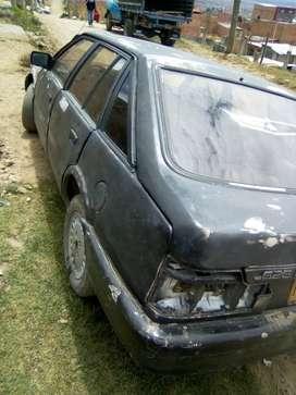 Se vende Mazda bueno y barato en Soacha.