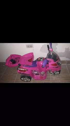 Cuna coche moto de niña