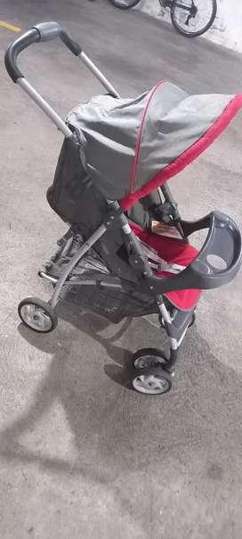 Coche y silla para carro de bebé