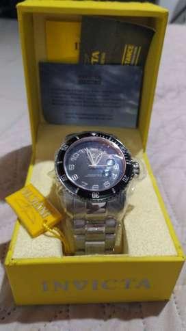 Invicta 15072 Pro Diver Reloj analógico de cuarzo japonés plateado para hombre