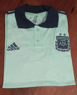 Vendo chomba de la Selección Argentina