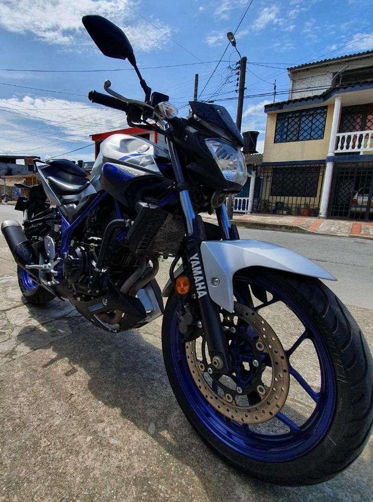 Moto Yanaha Mt 03 0