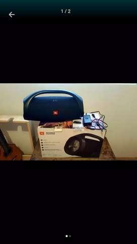 Jbl boombox ipx 7 ...