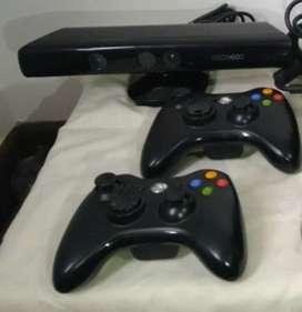 Kinect y 2 mandos originales