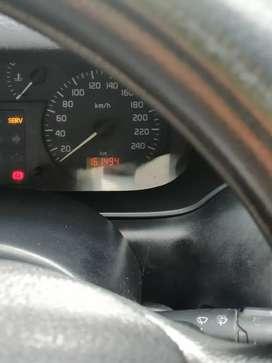Se vende vehículo renault megane l modelo 2002 full equipo en buen estado