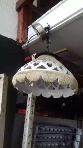 Se vende lampara antigua