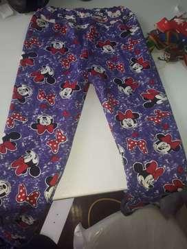 Venta de leggins, polares, buzos, pantalones, vestidos y mucho más, al mayor con precio de fábrica