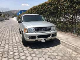 Se vende Ford Explorer año 2005