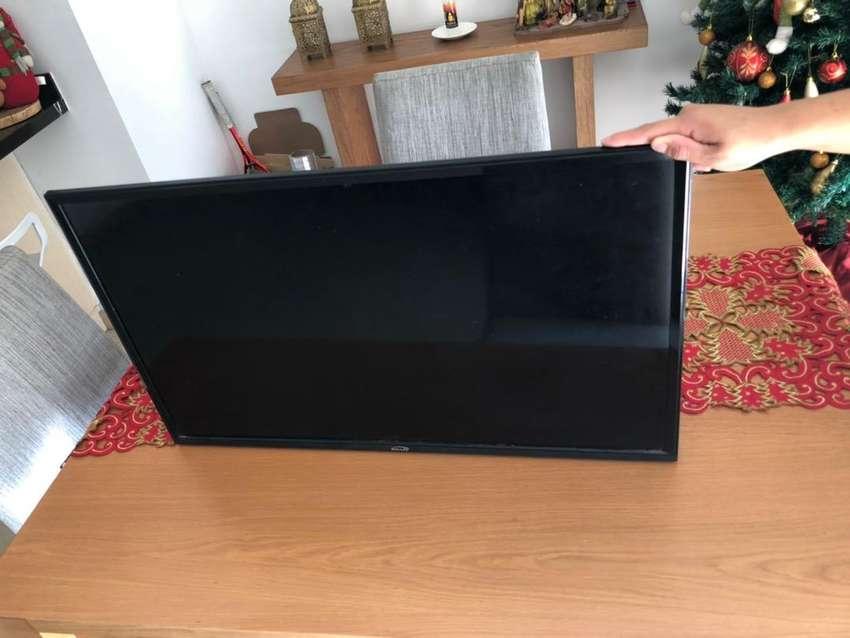 Tv marca kalley de 32 pulgadas HD 0