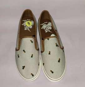 Zapatos Levis, Tommy Bahamas, vans, RBX,