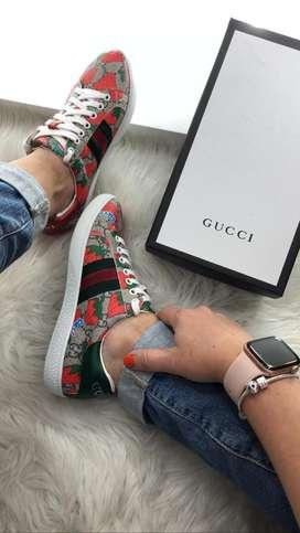 Tenis Gucci Ace Fresas Beige Rojo Envio Gratis