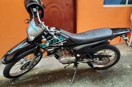 Motocicleta XTZ125E