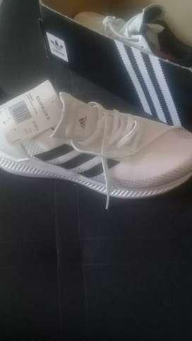 Vendo zapatos ADIDAS originales..