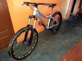 Bicicleta Jamis Kómodo