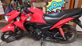 Vendo mi moto buen stado