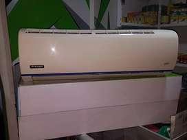 Vendo mini split 9000btu inverter starlight 220v