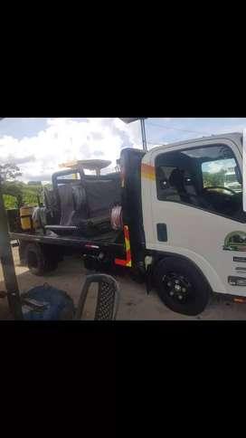 Camion chevrolet NMR completo listo para trabajar con liberación de Petroamazonas