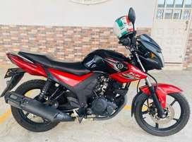 Moto SZ RR 150