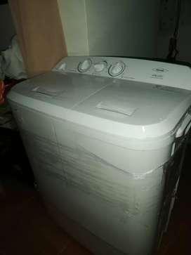 Lavadora/secadora semiautomática 5.5kg