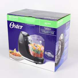 Miniprocesador de alimentos Ostercon capacidad de 3 tazas negro