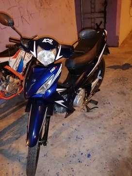 Vendo linda moto ics bien conservada poco recorrido