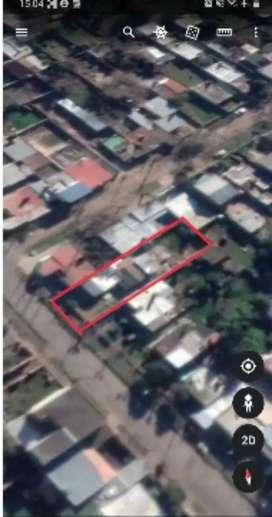 Terreno amplio 438m² con 3 casas