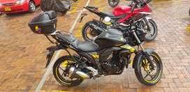 Vendo Suzuki Gixxer 154 cc. Papeles hasta diciembre, negociable, papeles de Soacha