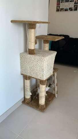 Rascadores y gimnasios para gatos Hoor